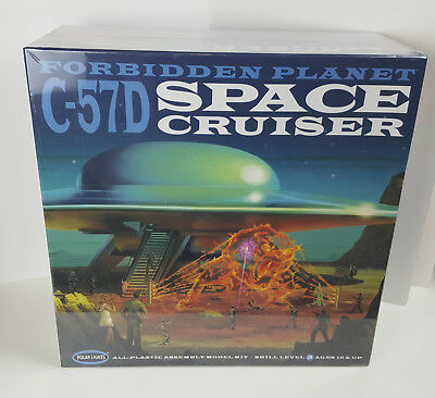 Polar Lights Forbidden Planet C-57D Space Cruiser Model Kit New and Sealed