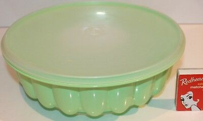 Tupperware Mould Jel Ring Jelly Mousse Mint Green Opaque Lid Vintage Retro