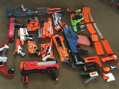 HUGE Nerf Lot - Used Blasters Clips, Comes with accessories lot of 13 guns