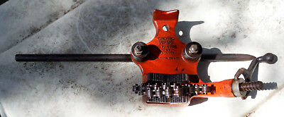 """RIDGID BC-410 Top Screw Chain Bench Pipe Vise for 1/8"""" to 4"""" Pipes"""