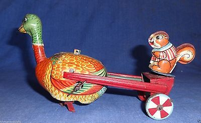 VINTAGE EARLY 1900s OLD COLLECTIBLE WIND UP TIN TOY TPS FROM MADE IN JAPAN