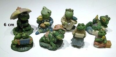 lot de 8 figurines grenouille, bibelot, collection,frog, kikker  G3-01