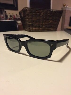 37aaeec9daf Rare BLACK Cool Ray Polaroid-N135-VINTAGE Sunglasses- Cari Michelle GRAY  LENS