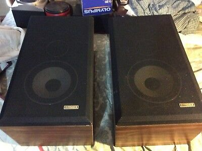 Fisher DS 130 3 Way Speakers Beautiful Walnut Cabinets
