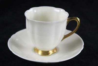 ANTIQUE ROYAL DOULTON ENGLAND v2336 CUP SAUCER
