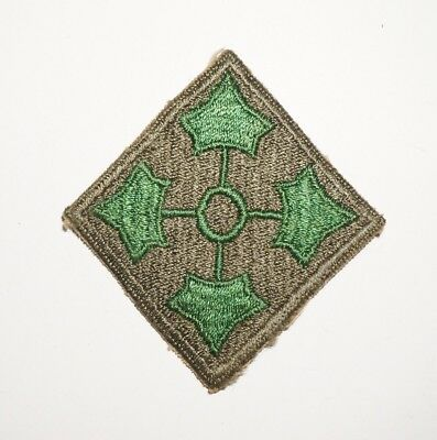 4th Infantry Division Patch WWII US Army P7195