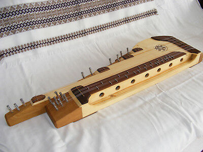 Traditional Hungarian zither, stingy pigeonhole design