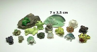 lot de 17 figurines grenouille ,collection, bibelot,frog, kikker  GT6-05