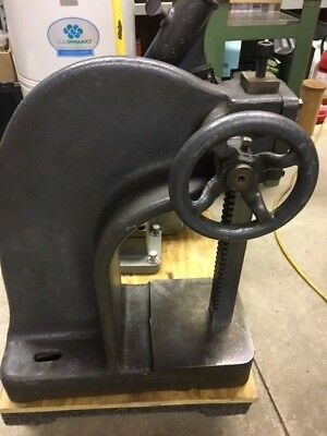 FAMCO MODEL WR 4 TON RATCHETING ARBOR PRESS  Excellent Condition USA Made
