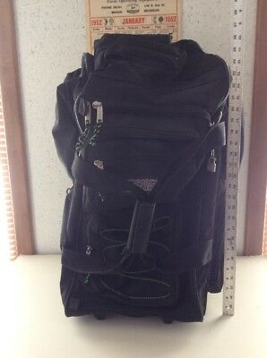 563c3ee537 Elegance Collection Olympia Sports Plus Travel Luggage Rolling Duffle Bag  28
