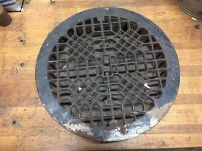 Antique/vintage Round Ornate Cast Iron Floor Register