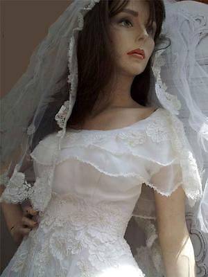 Vintage Beaded Lace Wedding Dress And Veil White Size 8 With