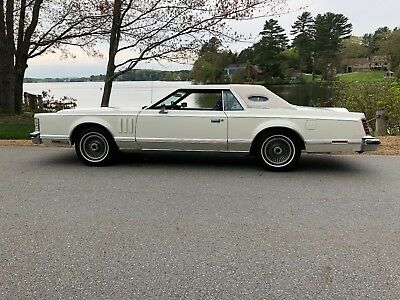 1978 Lincoln Continental  1979 Lincoln Continental Mark V 91,000 Miles! (508)523-2123 Cell / Text