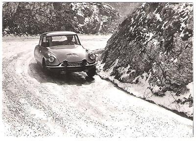 Photo De Propagande +++ Citroen Ds 19 Criterium Neige Et Glace 1962 +++
