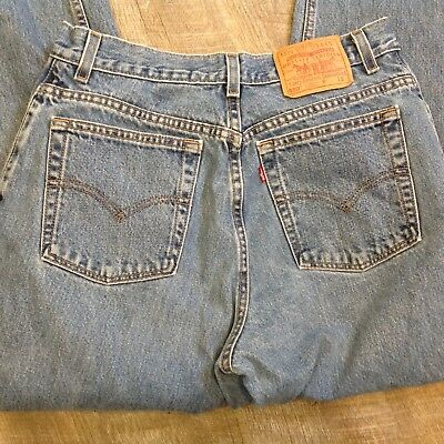Vintage 90s Levis 550 Relaxed Fit Tapered Leg High Waisted Mom Jeans