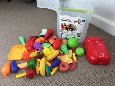 Plastic play food set with container (78 Pieces)