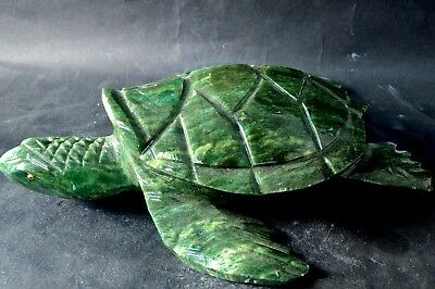 Tortue en Serpentine sculpture en pierre 180x130x44mm