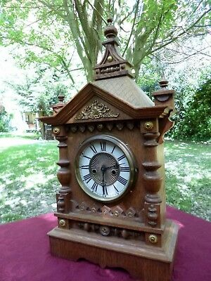 ** Large Imposing Late Victorian Oak Cased Eight Day Striking Clock **