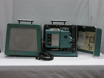 Bell & Howell Filmosound Specialist Autoload 552, 16mm Projector w/ Speaker