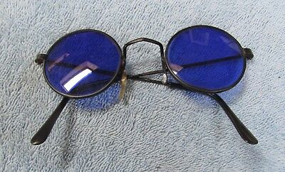 Vintage Round Blue  Eye  Glasses, With No Markings On Them. Check It Out..nice.