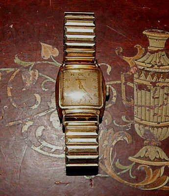RARE! Vintage BENRUS 1940's Art Deco Square hand wind rolled 10KGF case watch