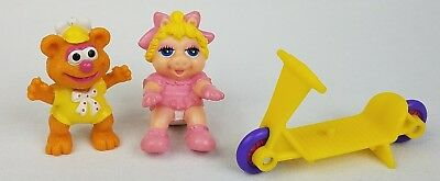 """Vtg Muppet Babies Baby Fozzy + Miss Piggy PVC Figure 2"""" Cake Topper Toy"""