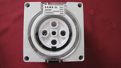 5 Pin 32A Amp Socket Outlet  Industrial Weatherproof IP66  32A 3 Phase New .