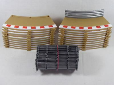 Scalextric (20pcs.) Radius 2 inner Borders & Fences C8225/L8679/L8685 (SO2692)