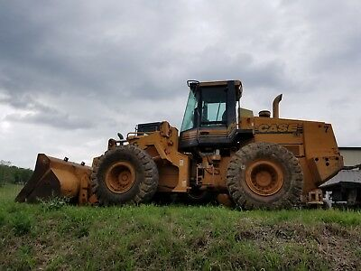 2000 Case 821C Wheel Loader