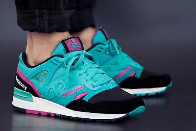 NEW IN BOX Mens Saucony Grid SD Teal Black Casual Running shoes S70164 2 SZ 7 10