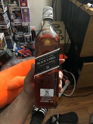 Johnnie Walker Black Label 750 ml NY Yankees 2017 limited edition New York
