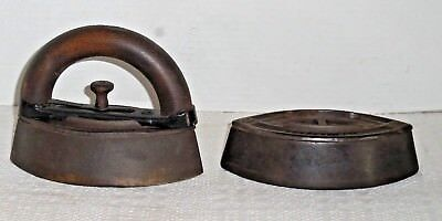 "2 Vintage SAD IRONS No. 3 Stovetop A C WILLIAMS CO, Ravenna OH 6-1/2"" Long"