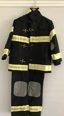 Unisex Fireman Dress Up Costume Size 4-6 - Excellent Condition