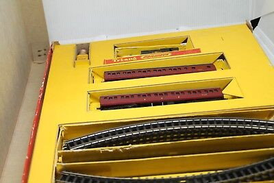 Triang Train Set T5 Suburban Train Set With 0-6-0 Br Class 3F & 2 Coaches