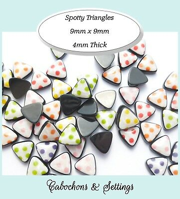 10 x Dotty  Triangles 9mm Flatback Cabochons Very Pretty 6 Colour Choices