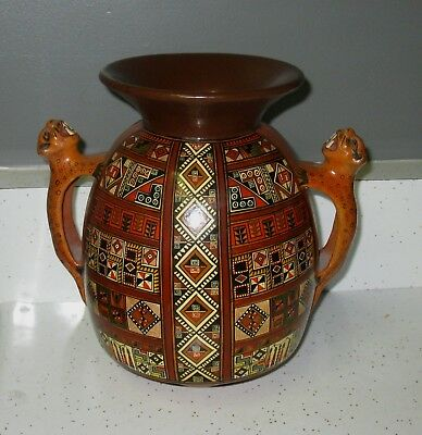 Nice Peru Clay Pottery Vase Geometric 2 Handled Tigers Signed By Artist & Marked