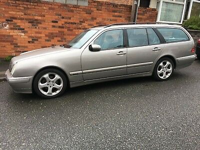 2002 MERCEDES e220 CDI AVANTGARDE LOW MILLEAGE BIG SPEC VERY WELL LOOKED AFTERED