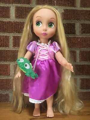 """Pre-owned Disney store Animators' Collection """"Rapunzel"""" Doll 16"""" GUC"""