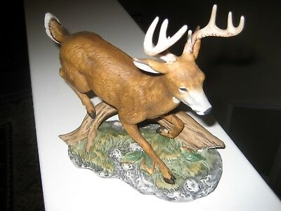 1986 Homeco White Tail 8 Point Leaping Deer Figurine - Ex Cond