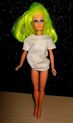 Vintage 1985 Hasbro Pizzazz Doll of Jem and the Holograms GUC