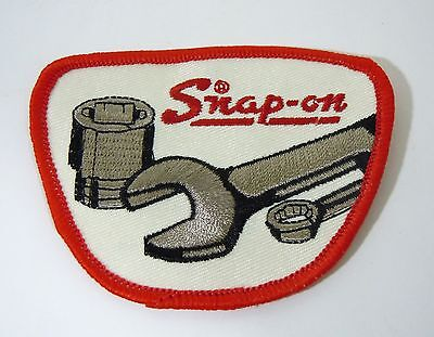 """SNAP-ON Tools Iron On Embroidered Uniform-Jacket Patch 3 1/2"""""""