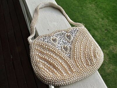 Vintage evening clutch/purse.  Beautiful little item in great condition.