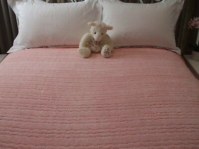 Vintage Chenille Bedspread 'Heritage' Double. Pink.