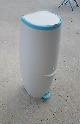 Angelcare Baby Nappy/Diaper Disposal System/Bin/Trash/Air Seal/Bag/Odour Barrier
