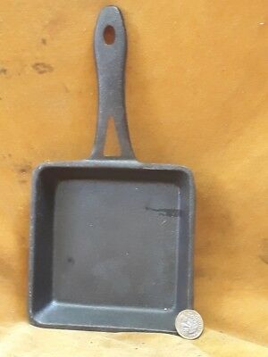 Small square cast iron frying pan. U.K. bidders only please.
