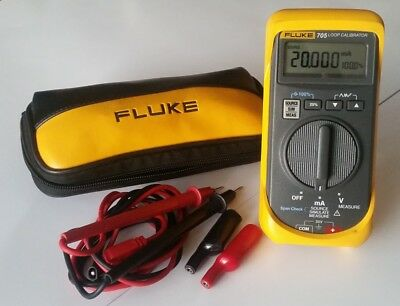 Fluke 705 Loop Calibrator With Leads and Case