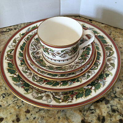 Spode Christmas Rose England 5 Piece Place Setting with Original Labels on most