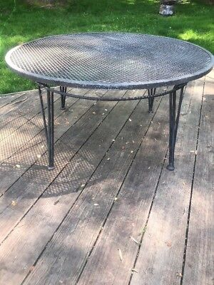 Mid Century Salterini Wrought Iron Coffee Cocktail Table Round Patio Outdoor 36""