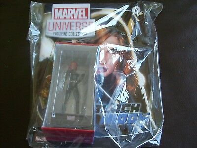 Panini Marvel Universe  Figurine Collection # 9 Black Widow