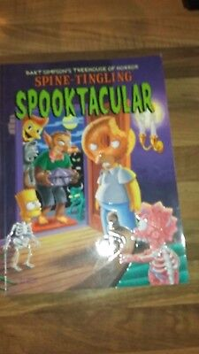 Simpsons Books Treehouse Of Horror  Spooktacular  - First Edition 2001 Mint